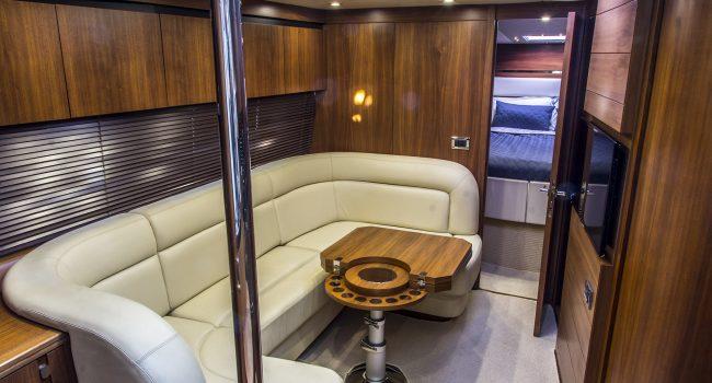 Sunseeker Portofino 40 Bear Barco Alquiler Ibiza Yacht Rental Barcoibiza Salon