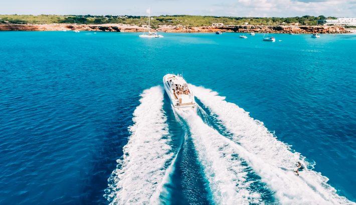 ¿Cuánto combustible consume un barco? Resuelve tus dudas