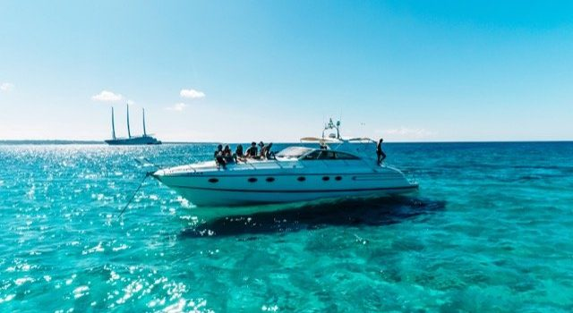Princess-V55-Yacht-Ibiza-Barcoibiza-Low-Res-1