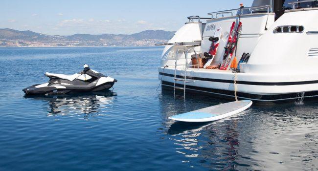 San-Lorenzo-82-yacht-charter-Ibiza-Gota-toys