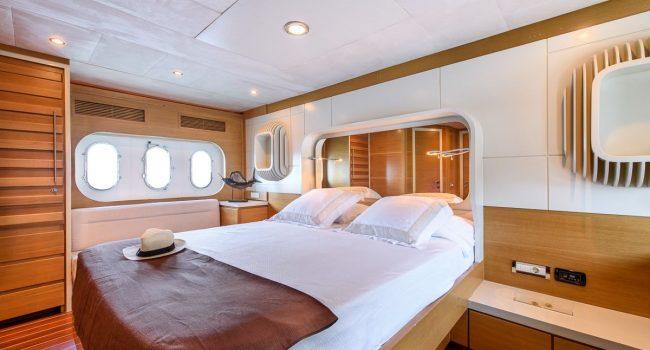 Seawide-78-Superyacht-Ibiza-Boatrental-11