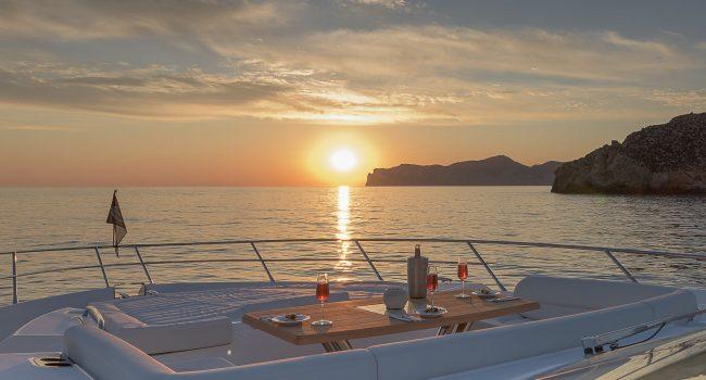 Sunseeker-80-Sport-Super-Yacht-Mallorca-Ibiza-2