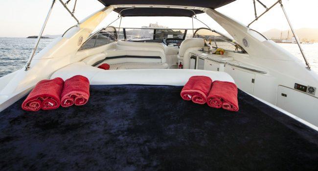 Sunseeker-Camargue-50-S-Yacht-DayCharter-Ibiza-1