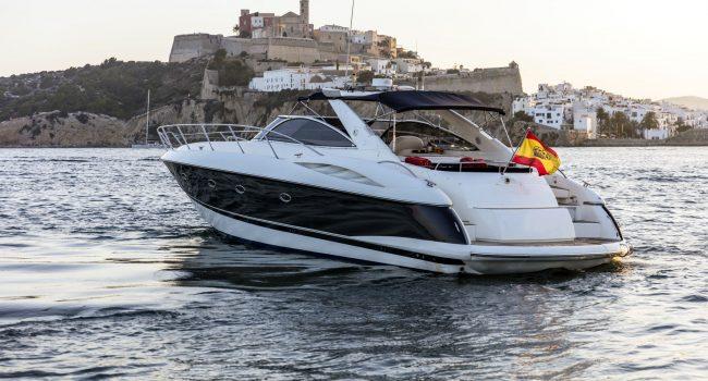 Sunseeker-Camargue-50-S-Yacht-DayCharter-Ibiza-2