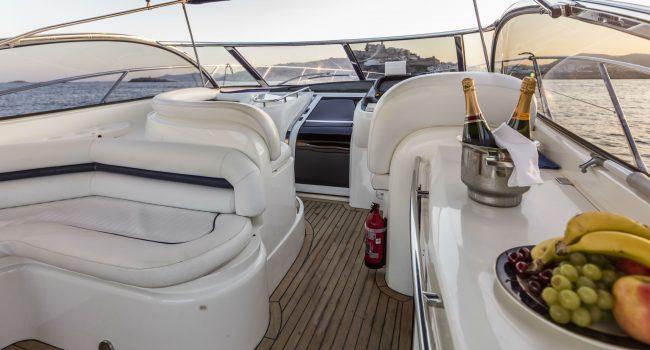 Sunseeker-Camargue-50-S-Yacht-DayCharter-Ibiza-5
