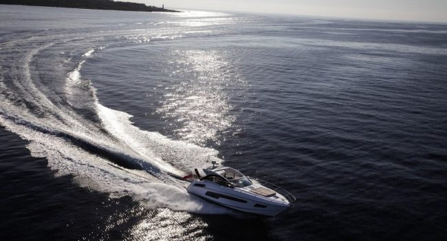 Sunseeker Portofino 40 Bear Barco Alquiler Ibiza Yacht Rental Barcoibiza Performing