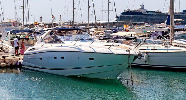 Sunseeker-Portofino-49-KA-Ibiza-Yacht-Charter-3