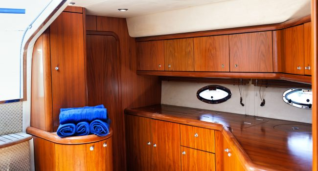 Sunseeker-Portofino-49-KA-Ibiza-Yacht-Charter-5