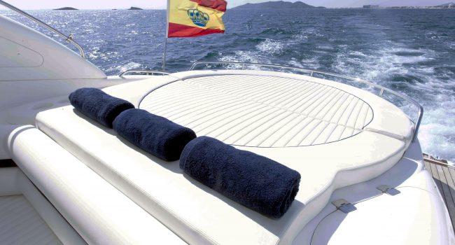 Sunseeker-Predator-58-L-Ibiza-Yacht-Charter-5