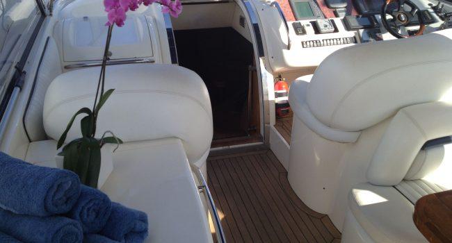 Sunseeker-Predator-58W-Ibiza-Yacht-Barcoibiza-18