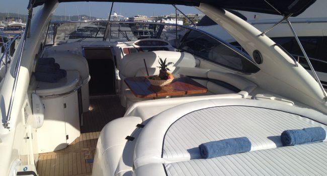 Sunseeker-Predator-58W-Ibiza-Yacht-Barcoibiza-19