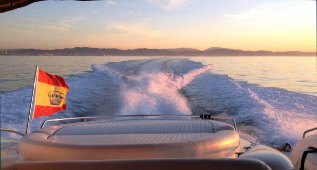 Sunseeker-Predator-58W-Ibiza-Yacht-Barcoibiza-3