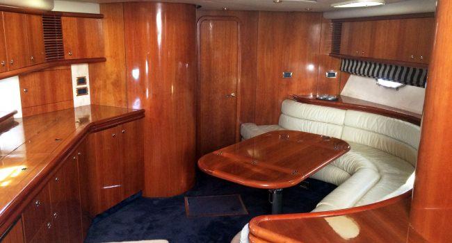 Sunseeker-Predator-60-PI-Yacht-Ibiza-Boat-Rental-3