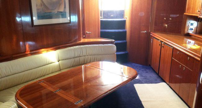 Sunseeker-Predator-60-PI-Yacht-Ibiza-Boat-Rental-4