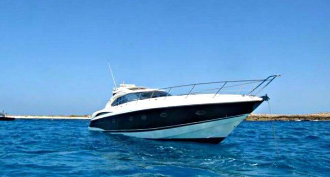 Sunseeker-Predator-61-Ibiza-Yacht-Rental-Barcoibiza-4