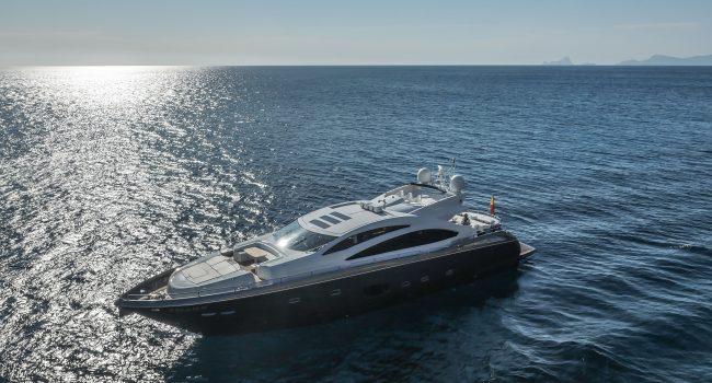 Sunseeker-Predator-84-A-Ibiza-Super-Yacht-7