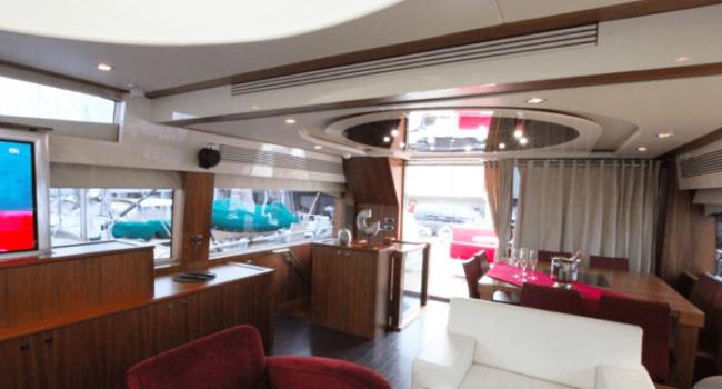 Sunseeker-Predator-92-U-Super-Yacht-Ibiza-Barco-Rental-10