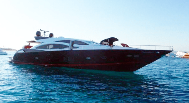 Sunseeker-Predator-92-U-Super-Yacht-Ibiza-Barco-Rental-2