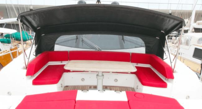 Sunseeker-Predator-92-U-Super-Yacht-Ibiza-Barco-Rental-6