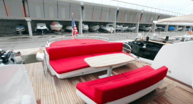 Sunseeker-Predator-92-U-Super-Yacht-Ibiza-Barco-Rental-8