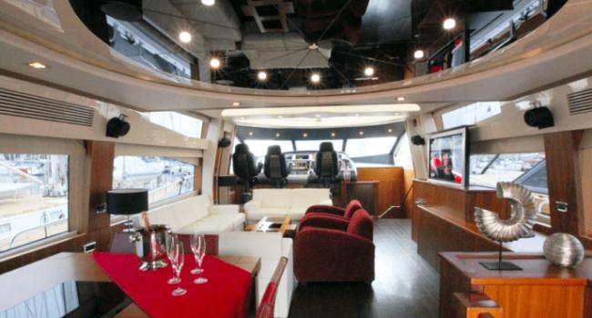Sunseeker-Predator-92-U-Super-Yacht-Ibiza-Barco-Rental-9
