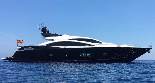 Sunseeker Predator 92 UM7 Superyacht Barcoibiza