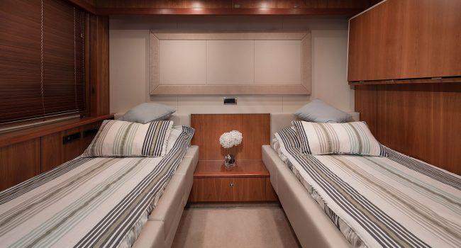 Sunseeker Yacht 27M-18