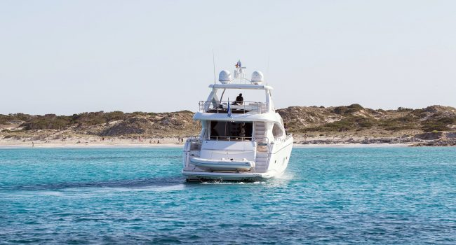 Sunseeker Yacht 27M Exterior No Name 01