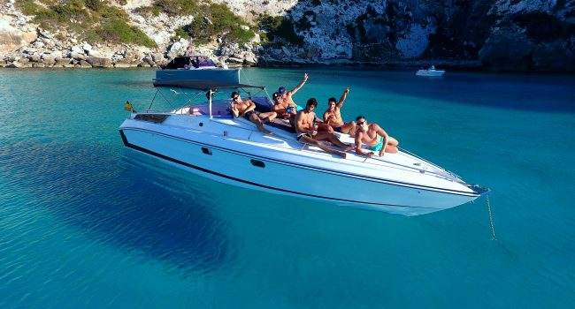 Tullio-Abate-33-Always-Happy-Small-Yacht-Ibiza-Barcoibiza
