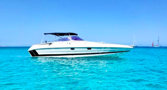 Tullio-Abbate-33-Always-Happy-Small-Yacht-Barcoibiza