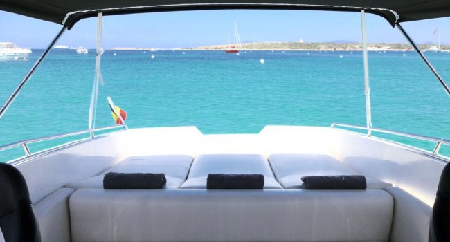 Tullio-Abbate-33-Always-Happy-Small-Yacht-Barcoibiza