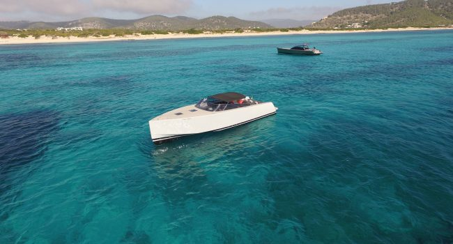 VanDutch-40-Movida-Ibiza-Yacht-Rental-Barcoibiza