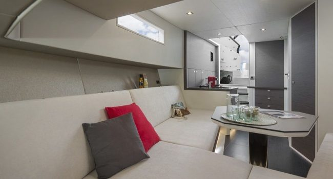 Vanquish-VQ-43-Balr-Ibiza-Yacht-Rental-7