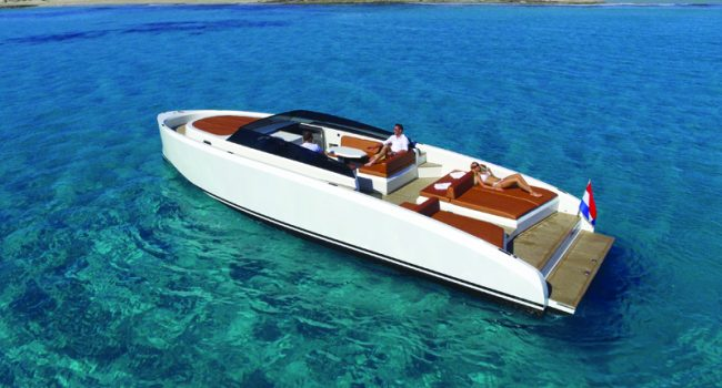 Vanquish-VQ-43-Dutchess-Ibiza-Yacht-Rental-1