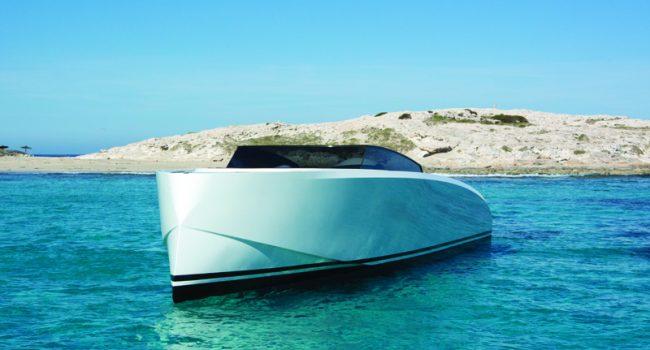 Vanquish-VQ-43-Dutchess-Ibiza-Yacht-Rental-2