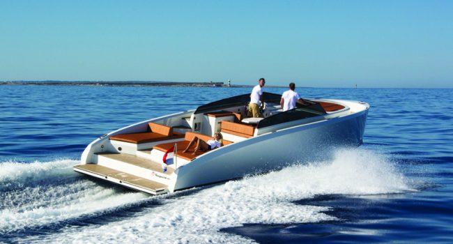 Vanquish-VQ-43-Dutchess-Ibiza-Yacht-Rental-4