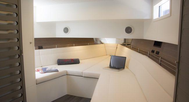 Vanquish-VQ-48-LT-Yacht-New-Ibiza-Barcoibiza-19