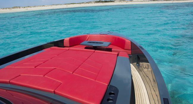 Vanquish-VQ-48-LT-Yacht-New-Ibiza-Barcoibiza-3