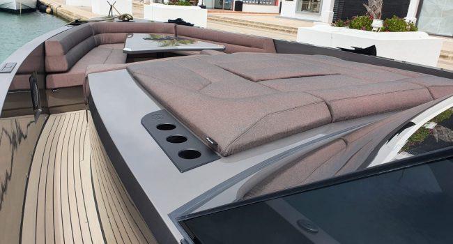 Vanquish VQ52 Casa Atlantis Alquiler Ibiza-6