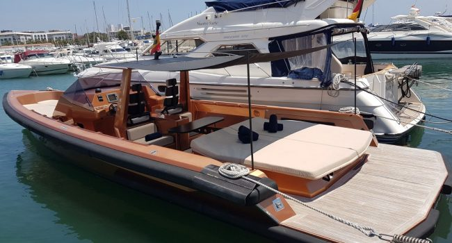 Wally-Tender-45-Ibiza-Yacht-New-Rental-12