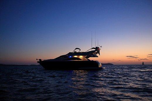 Yate Astondoa 66 GLX Flybridge Pitiusas Dream San Antonio Ibiza Barcoibiza-7