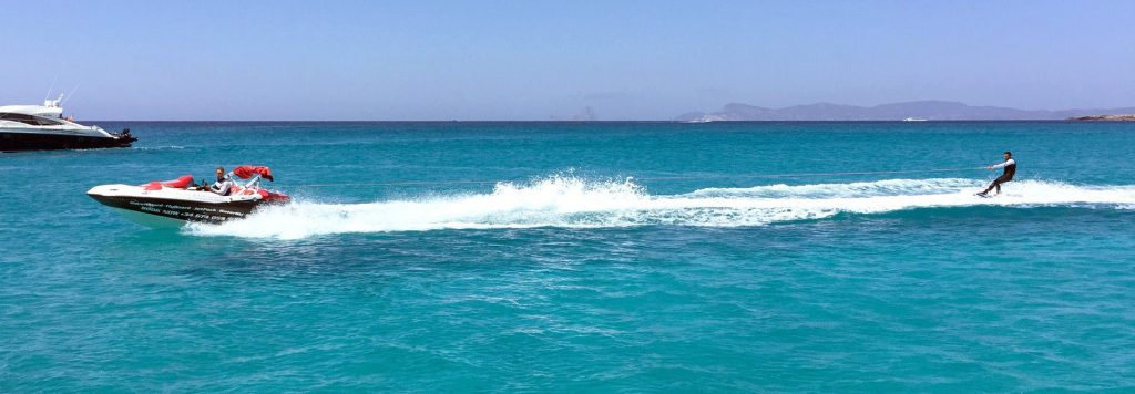Ibiza-Water-Toys-Deportes-Acuáticos-Wakeboard