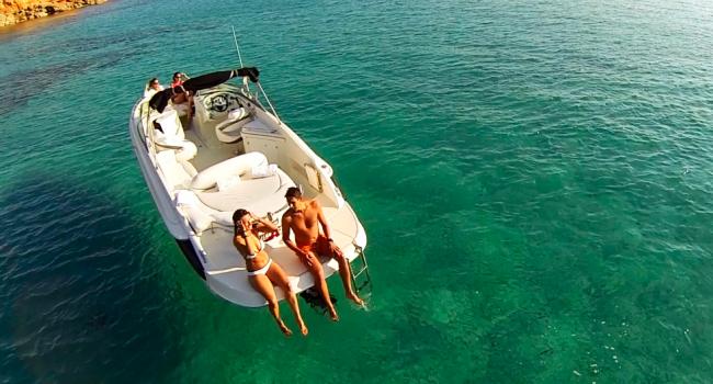 Monterey-278-SS-Motorboat-Bareboat-Barcoibiza-Ibiza