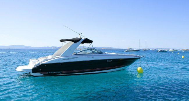 Monterey-298-Karibu-Machine-Ibiza-Lancha-Motorboat-Rent-Barcoibiza-10