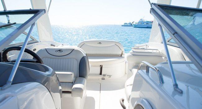 Monterey-298-Karibu-Machine-Ibiza-Lancha-Motorboat-Rent-Barcoibiza-6
