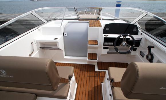 Pacific Craft 700 Day Cruiser Lancha Motorboat Barcoibiza