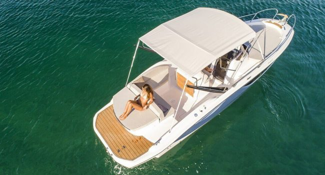 Sessa Key Largo 27 IB Intraborda Lancha Motora Al Mar Alquiler Barcoibiza