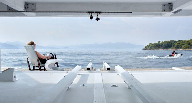 Catamaran Sunreef Supreme 68 Midori Exterior Alquiler Baleares Barcoibiza