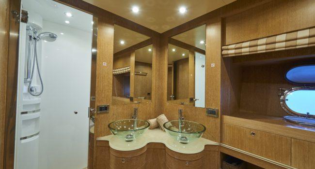 Alfamarine 78 Interior-Nina-Master-Bathroom