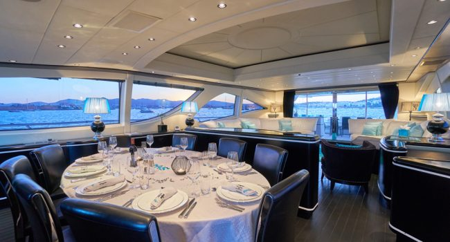 Mangusta 130 Shane Interior 01 Salon-05
